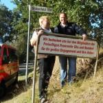 Schild am Ortseingang: Fischer dankt allen drei Ortswehren für ihr Engagment